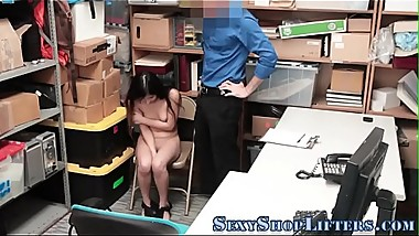 Delinquent shoplifter gets railed