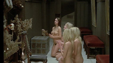 Nude girls praying god