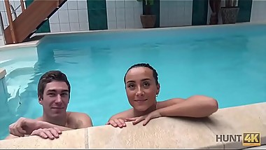 HUNT4K. Cuckold doesn&rsquo_t know his lovely brunette sells her body