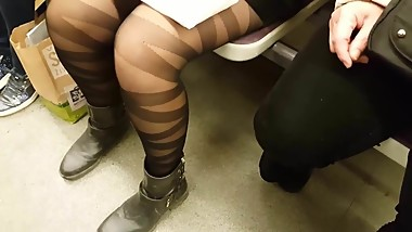 Black Shiny Pantyhose in Metroline