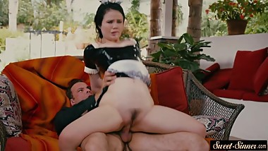 Teen maid pounded by her stepdaddy