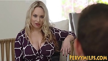 Milf Aiden Starr  licks stepdaughter Katya Rodriguez  pussy while fucking in threeway