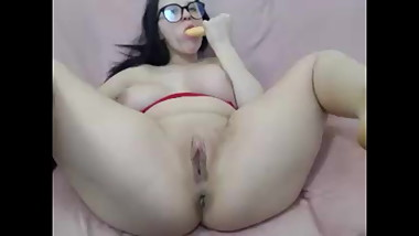Camgirl Fucks Herself And Tastes Her Own Pussy