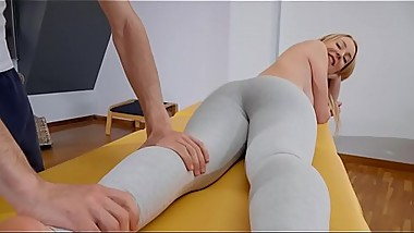 Lusty In Leggings - Full Hd Video on xfilx.com