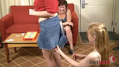 225-Snip-Surgery-with-Julie-Elizabeth-and-Claire-HD