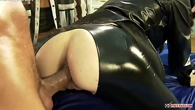Cock On The Run Escaped Prisoner Finds Shelter Deep Inside Two Leather Love