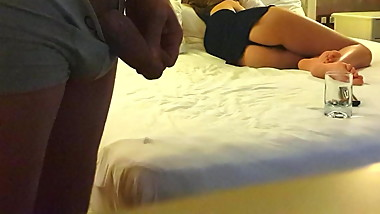cum when cute yng gf flashing ass feets